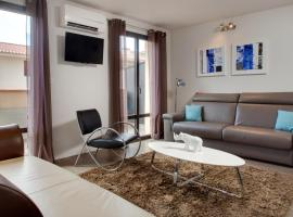 Le 15-Appartments Collioure, pet-friendly hotel in Collioure