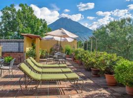 Hotel Las Camelias Inn by AHS, hotel in Antigua Guatemala