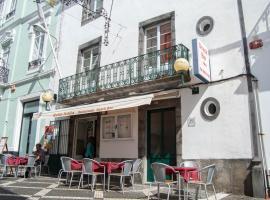 Guest house Bella Italia, homestay in Ponta Delgada