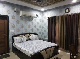 Neetu's Home Stay, spa hotel in Jaipur