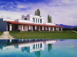 Villa Trinidad Guesthouse, B&B in Ciudad Lujan de Cuyo