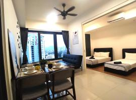 Georgetown City View Condo Tropicana 218 Macalister, apartment in George Town