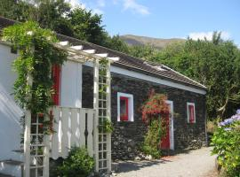 Four Directions Cottage, hotel near Healy Pass, Castletownbere