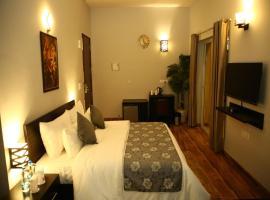 Anandam Clarks Inn Suites Vrindavan, hotel in Vrindāvan