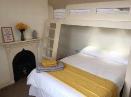 The Leeman Rose Hotel, hotel in York
