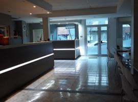 Hotel Luis III, hotel cerca de Playa Bristol, Mar del Plata