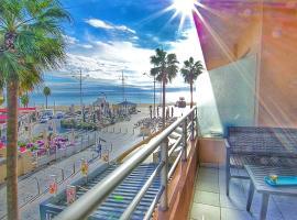 Superbe T2 vue mer avec ascenseur, hotel near Canet-en-Roussillon Joa Casino, Canet-en-Roussillon