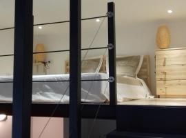 10 Via Giuseppe Sirtori, apartment in Milan