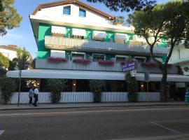 Hotel Olanda, hotel en Lido di Jesolo