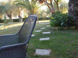 Sunny Garden, hotel in Plataria