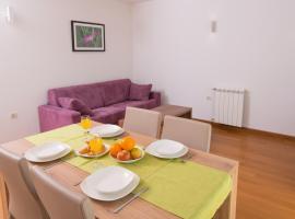 Apartments Lumare, hotel near Lungomare, Pula