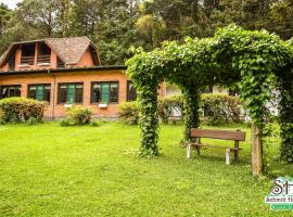 Estalagem Schmitt Haus, pet-friendly hotel in Canela