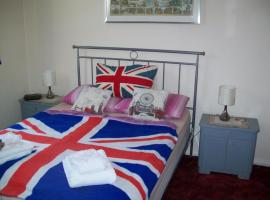 B & B in Seven Sisters, hotel near Tottenham Hale, London