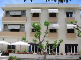 Hotel Naviglio, hotell i Marina di Pietrasanta