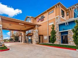 Best Western Plus Emerald Inn & Suites, hôtel à Garden City
