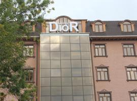 Dior Hotel, hotel en Dushanbe