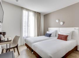 Hotel Courseine, hotel near Palace of Versailles, Courbevoie