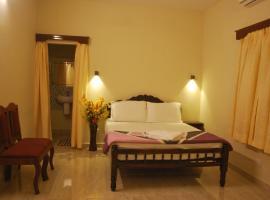 Casa Feliz, hotel near Santa Cruz Cathedral Basilica, Fort Kochi