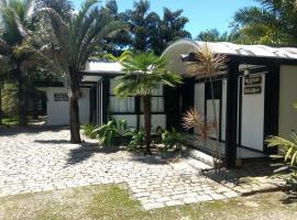 Pousada Morada Das Toninhas, family hotel in Ubatuba