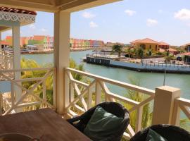 Caribbean Lofts Bonaire, hotel in Kralendijk