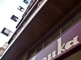 Hotel Leuka, hotel in Alicante