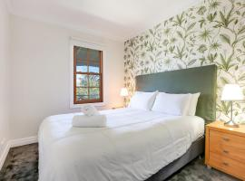 Bellevue Accommodation, hotel near Jamberoo Action Park, Kiama