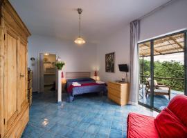 Agriturismo Fattoria Terranova, hotel in Sant'Agata sui Due Golfi
