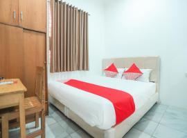 OYO 150 Harmoni Residence, hotel near Selamat Datang Monument, Jakarta