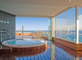 Suites del Mar by Melia, hotel in Alicante