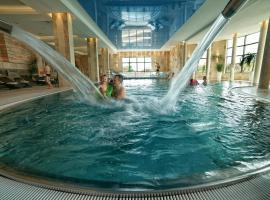 Hotel Białowieski Conference, Wellness & SPA, hotel with jacuzzis in Białowieża