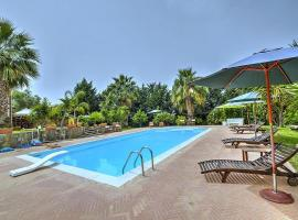 Cavafosse Villa Sleeps 4 Pool WiFi, pet-friendly hotel in Santa Maria di Castellabate