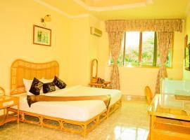 Evergreen Hotel, hotel near Tan Dinh Market, Ho Chi Minh City