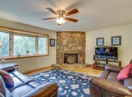 Cool River Condo I, vacation rental in Helen