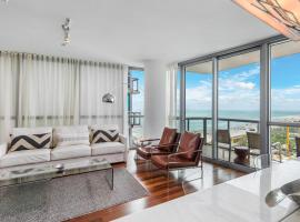 2 Bedroom Oceanfront Private Residence at The Setai - 2104, apartment in Miami Beach