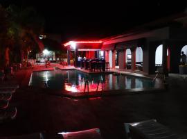 Seaview Gardens Hotel, hotel in Kololi