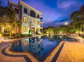 Baan Georges Hotel, hotel with pools in Sukhothai