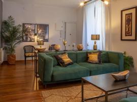 Apartamento moderno junto a la Gran Via, apartment in Madrid