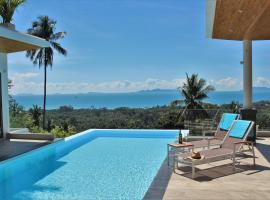 Luxury Seaview with Private Pool, hotel in Nathon