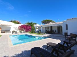 Villa Caroline 3 - Clever Details, vacation home in Vilamoura