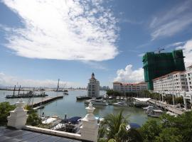 The Straits Quay Marina by Messina Clive, hotel near Straits Quay, George Town