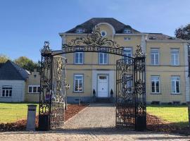 Kasteel B&B Sint-Bartel, pet-friendly hotel in Geraardsbergen