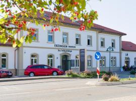Bahnhof-Erzingen, hotel, coffee & more, Hotel in der Nähe von: Rheinfall, Erzingen
