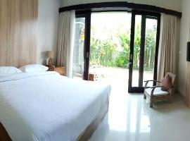 Guest House Reisya, hotel near Bali Nusa Dua Convention Center, Nusa Dua
