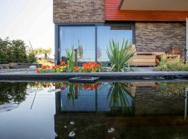 Amsterdam Area Residence Oosterwold, hotel in Almere