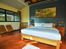 The Corner's unique house, cheap hotel in Chiang Mai