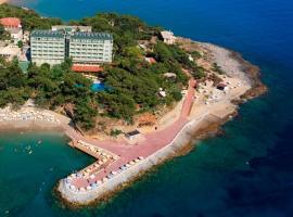 Miarosa Incekum West Resort, отель в Авсалларе