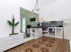 BoAt Design Studio Apartment, hotel a Molfetta