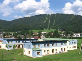 JUFA Hotel Erlaufsee, hotel v Mariazelli