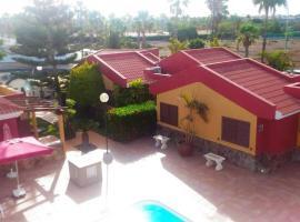 Bungalow Villa Golf Maspalomas, hotel met zwembaden in Maspalomas