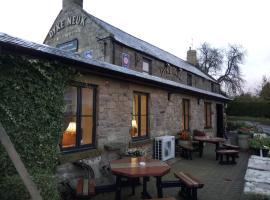 The Dyke Neuk inn, hotel in Meldon